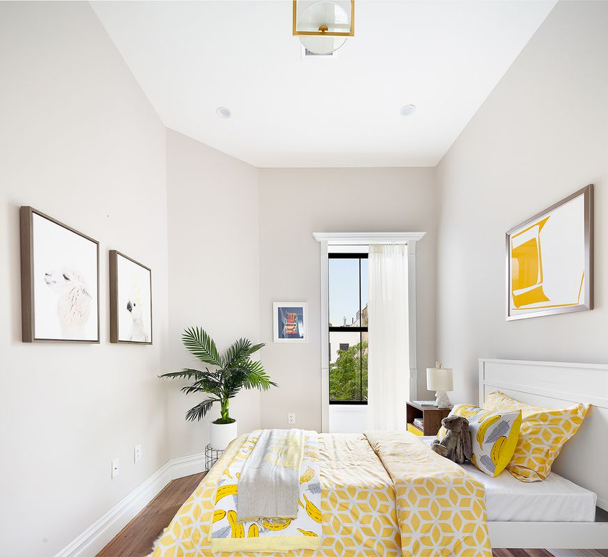 Cozy Bed-Stuy Townhouse-5
